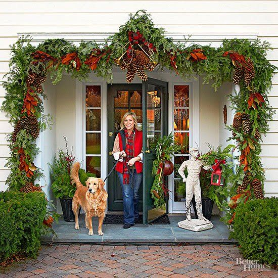 Dress Up Your Front Porch And Yard With These Holiday Outdoor Decorating  Ideas That Last From