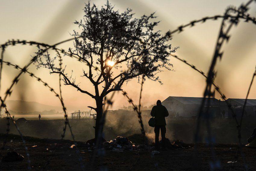 Europa - der zerbrechliche Kontinent  Europa ist von der Flüchtlings- und Finanzkrise zerrissen, die Stimmung ist denkbar schlecht. Was bleibt eigentlich noch vom Gemeinschaftsprojekt?  Alexander Smoltczyk  hat bei einer Reise quer durch die EU erstaunliche Erkenntnisse gewonnen.