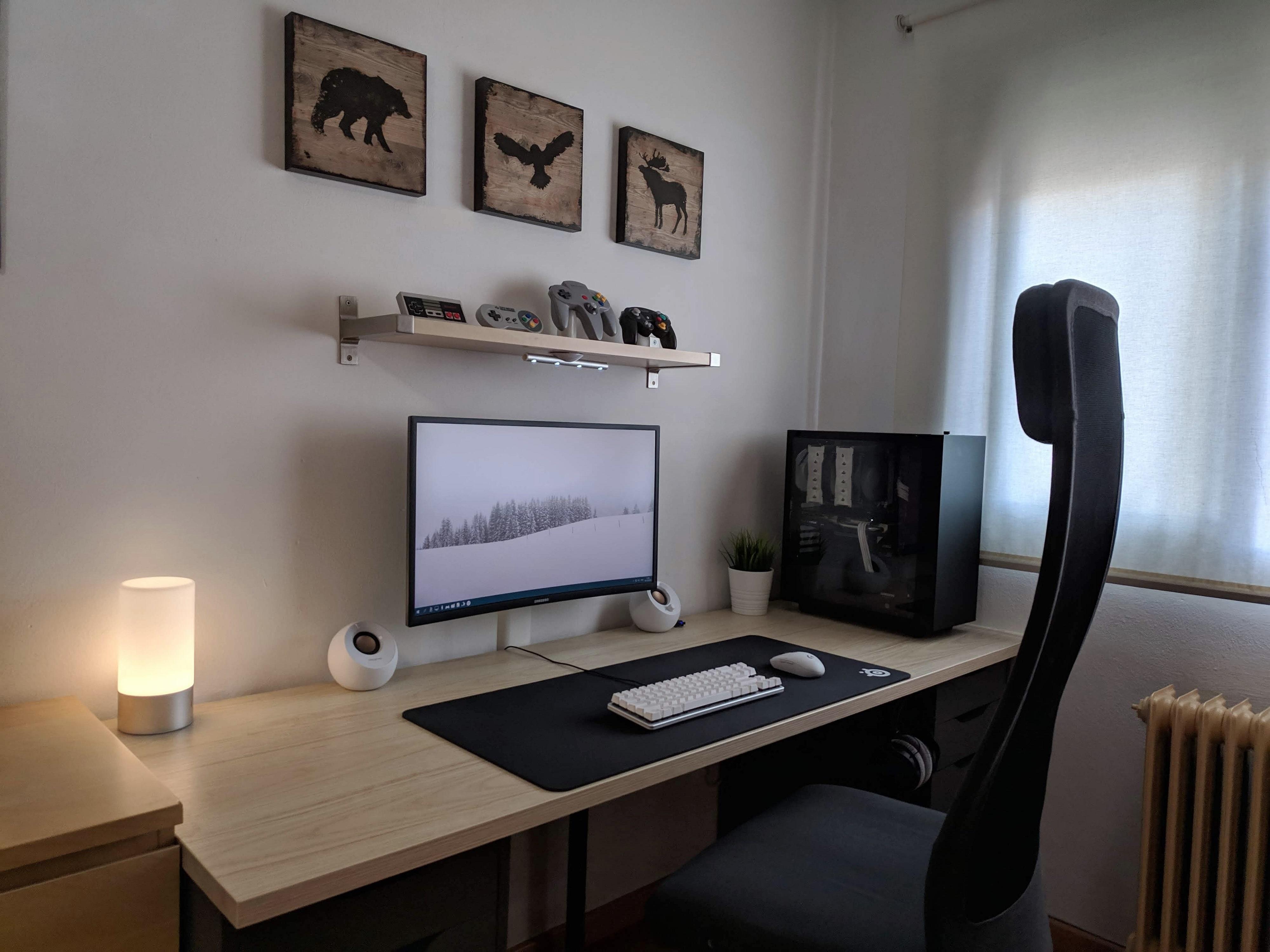 Focusing On Simplicity Battlestations Home Office Design Computer Desk Setup Home Office Setup