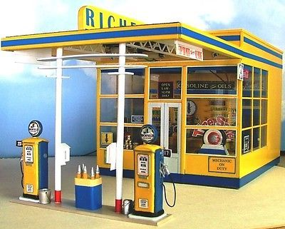 Hot Wheels Car Wash And Service Station Game