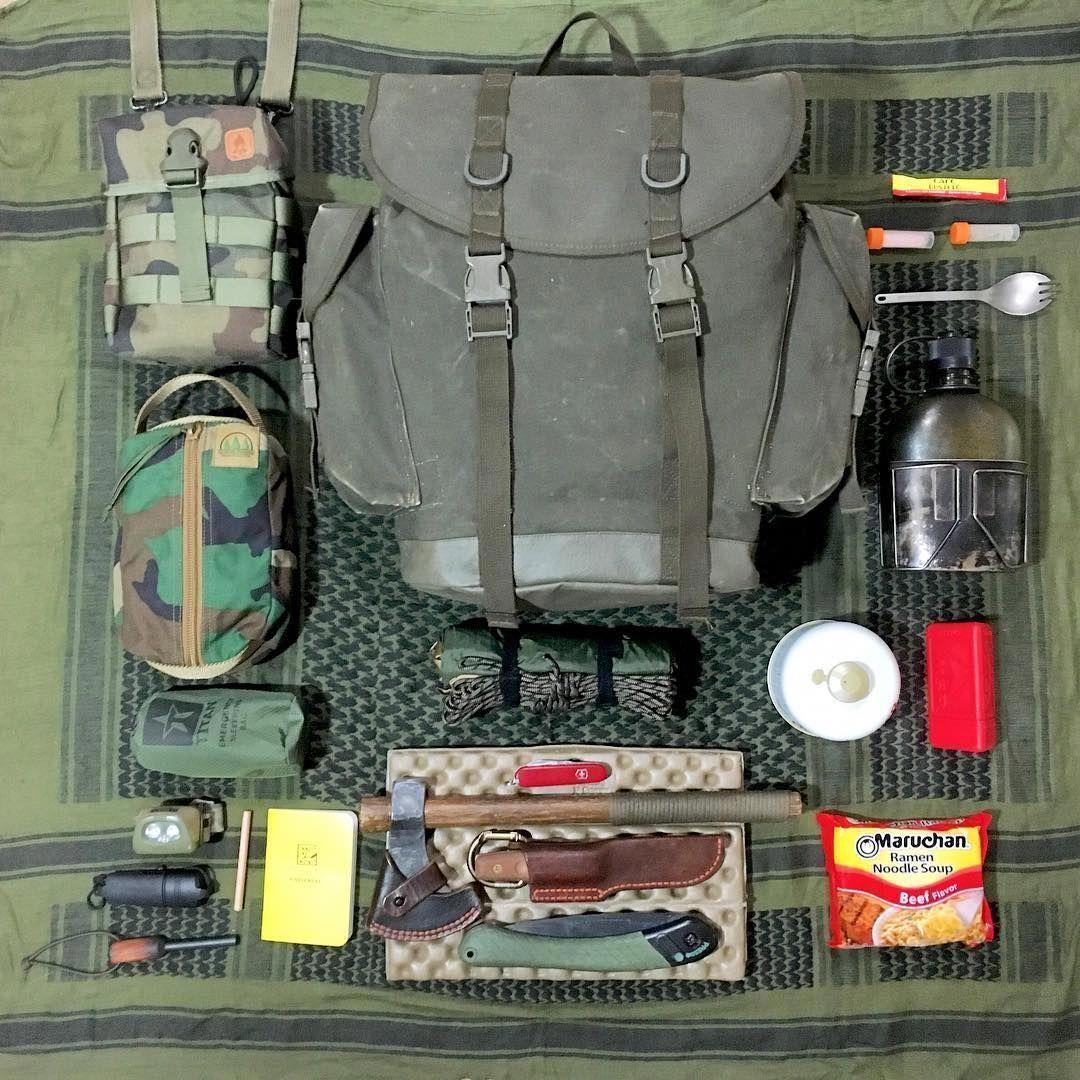 CLKJCAR Kit doutils de Survie pour randonn/ée Camping Survie en Plein air