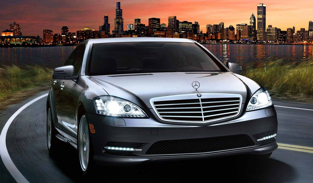 Heathrow Taxi Is The Most Reliable Choice For Airport Transportation Book Online Heathrow Minicab And Taxi For L Mercedes Benz Mercedes Luxury Sedan