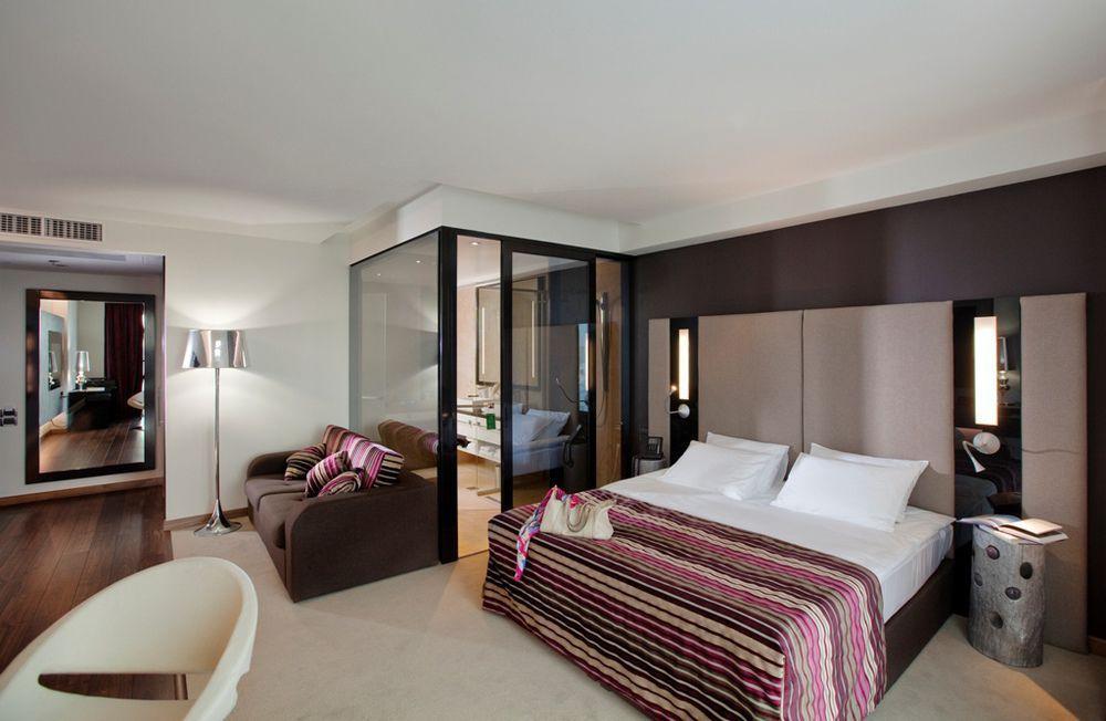 гостиницы с зеркальными номерами фото камне ониксе