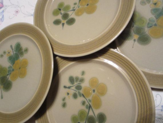 Vintage Pottery Dinner Plates Earthenware by findcollectables