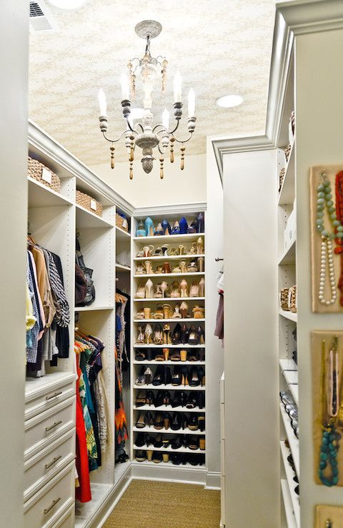 I Love The Pin Boards To Display Your Jewelry I Had These In My Last Closet And Yes I Think I Will Do It Ag Closet Remodel Clever Closet Closet Organization