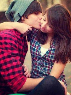 Love Couple Kiss Wallpaper Free Download U2013 Free Wallpaper
