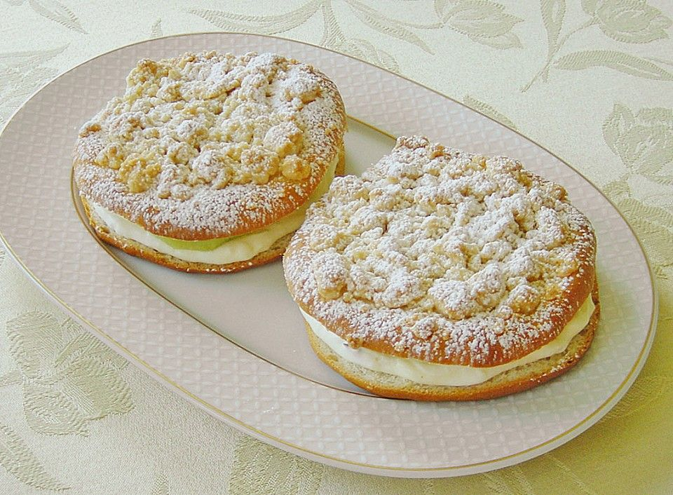 Streuselteilchen mit Sahnepudding und Kirschfüllung #donutcake