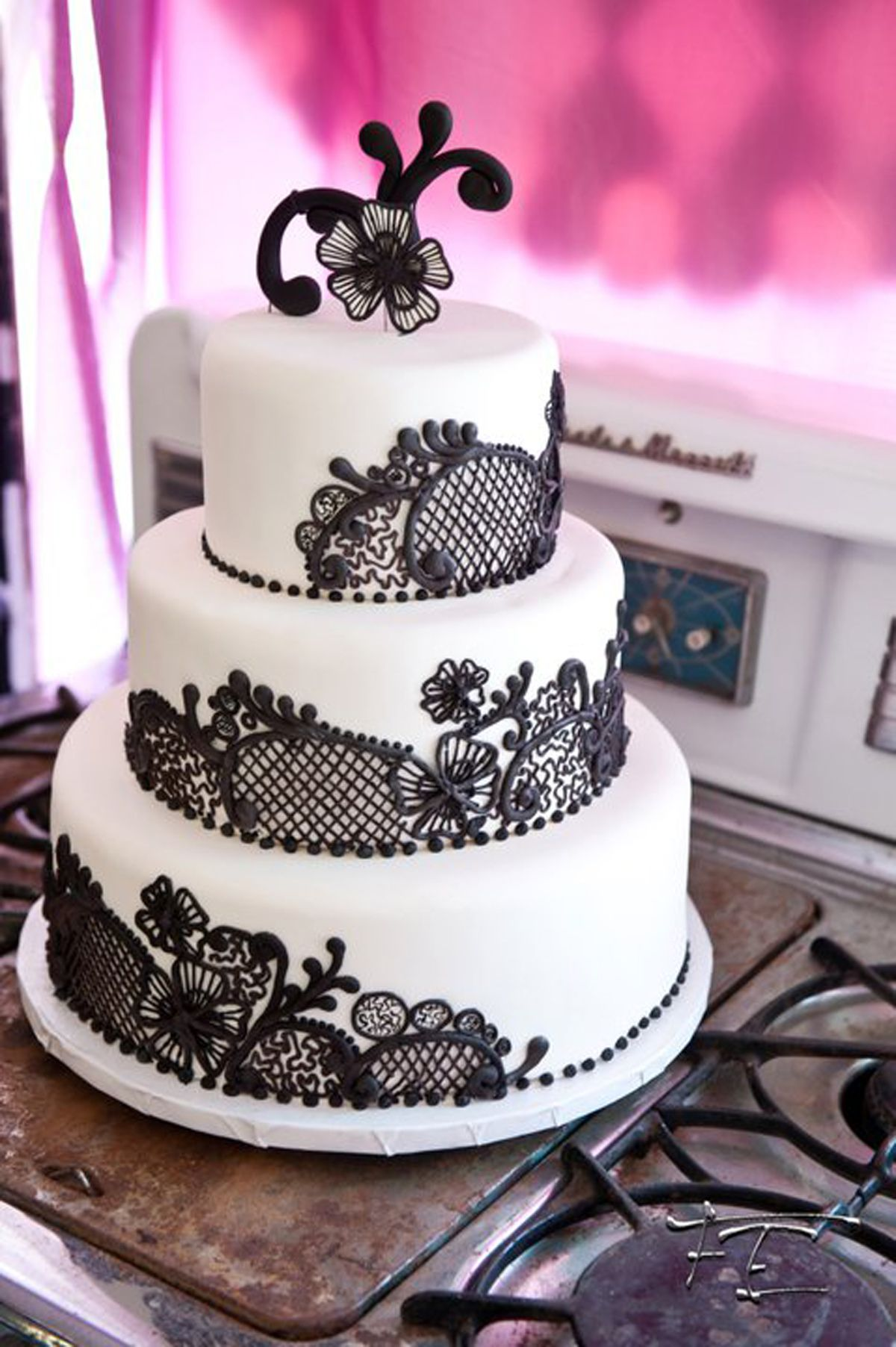 Gothic Victorian Black Lace Wedding Cake Put Some Deep Red Roses As The Topper