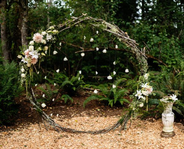 Enchanted Forest Wedding flowers by Tobey Nelson Events image by J Tobiason Photography (79) | Tobey Nelson Weddings + Events