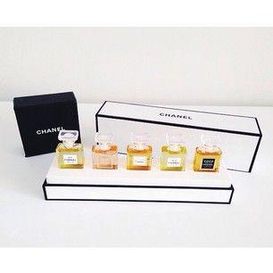 4d826bdf Mini chanel fragrance set | Art of Living | Chanel perfume, Perfume ...