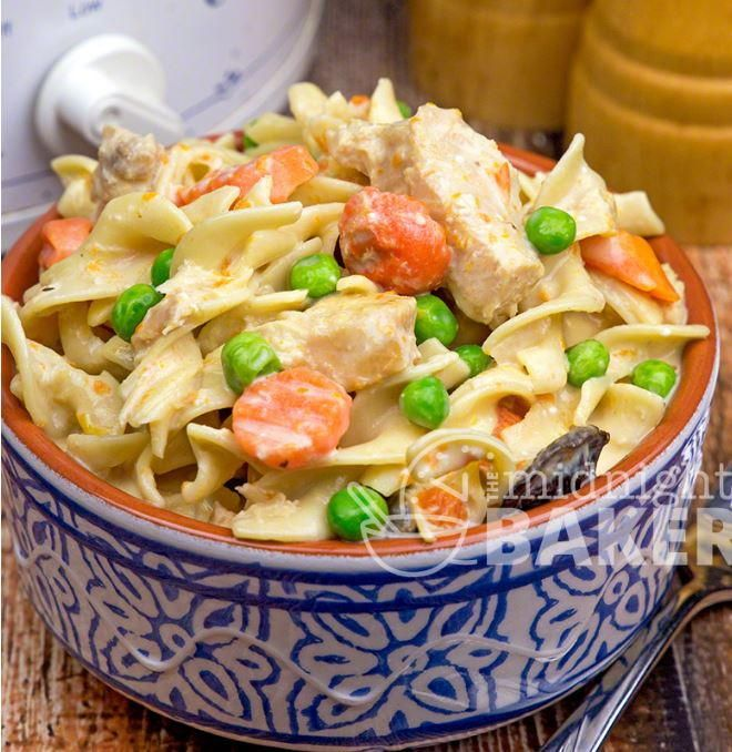 Slow Cooker Extra Creamy Chicken and Noodles | AllFreeSlowCookerRecipes.com