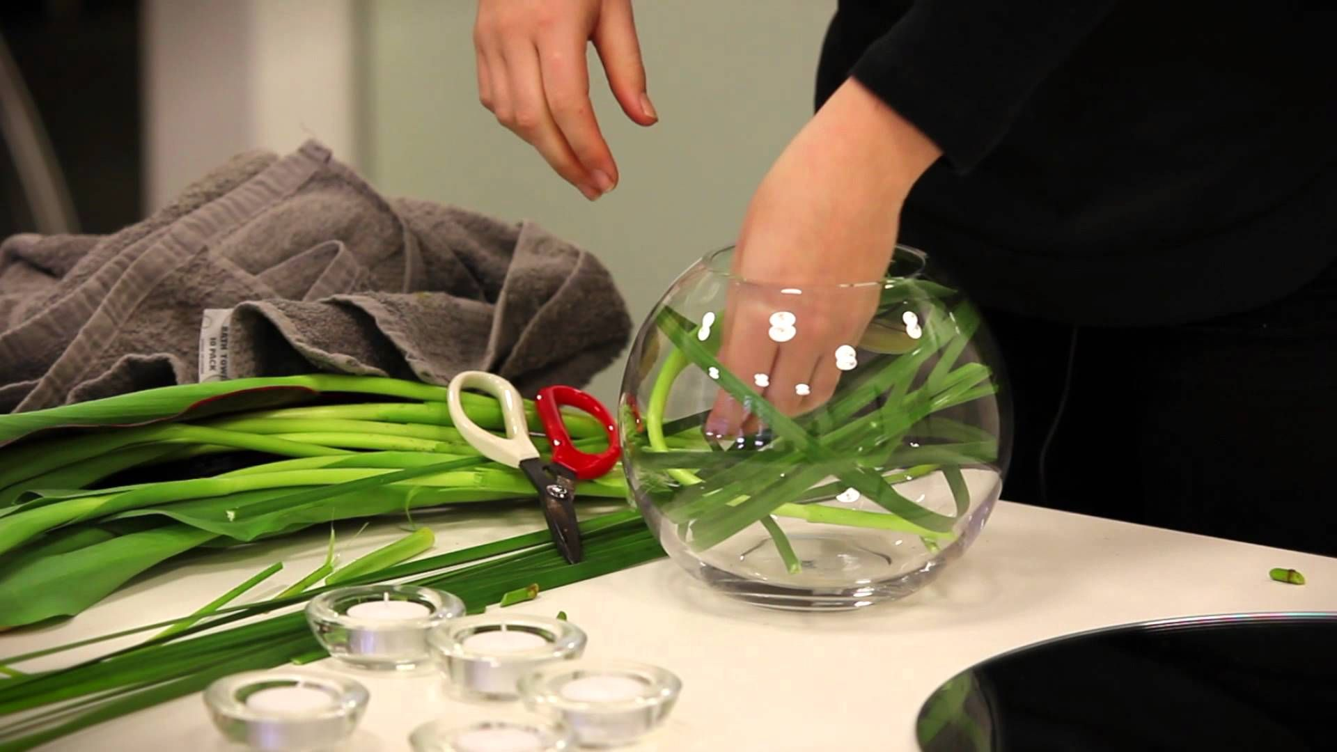What To Put In A Bowl For Decoration Make An Instagramworthy Flower Arrangement  Flower Arrangements