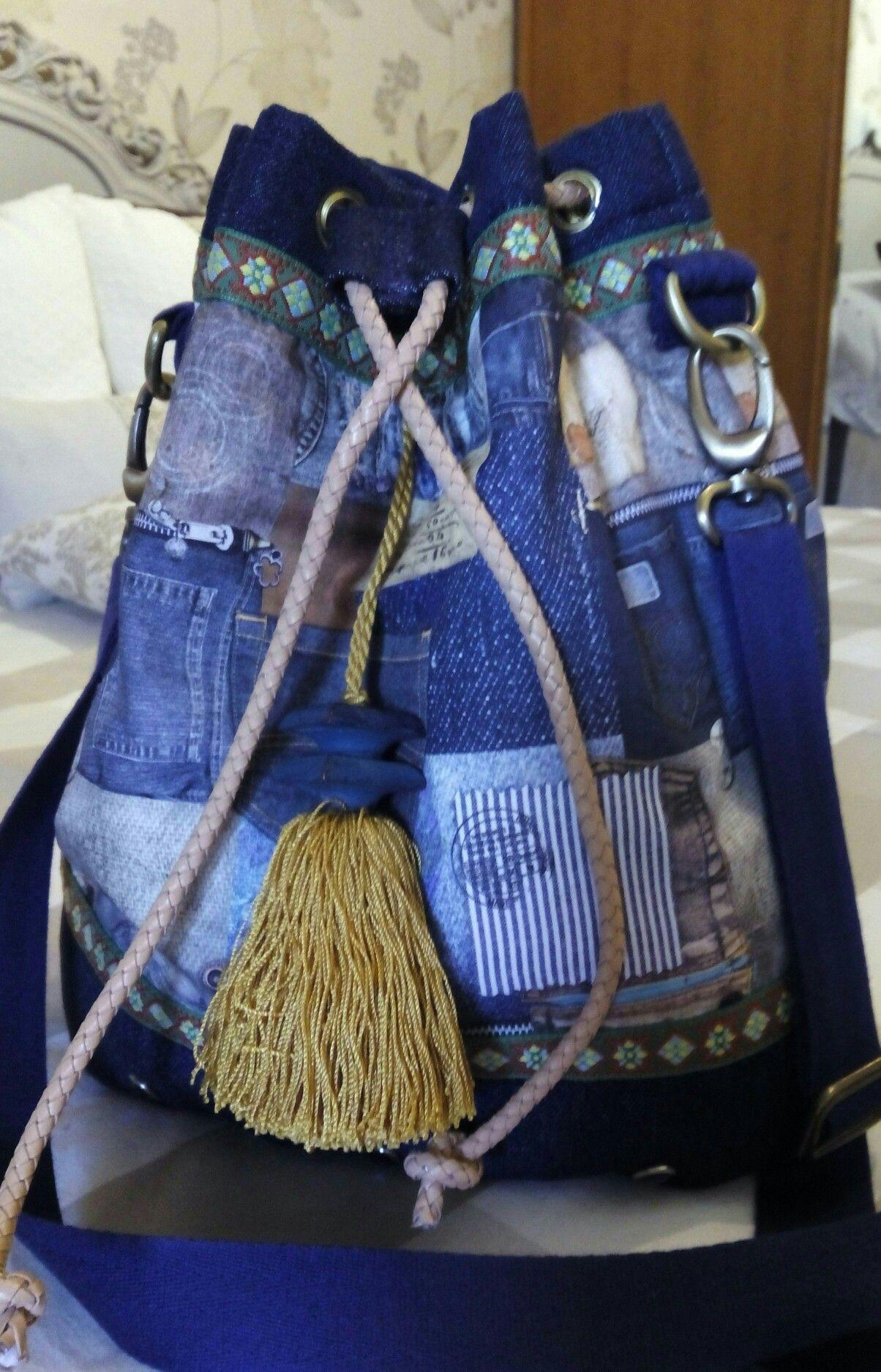 Bolso bandolera con cierre de cordón, bolso tipo Bombonera.