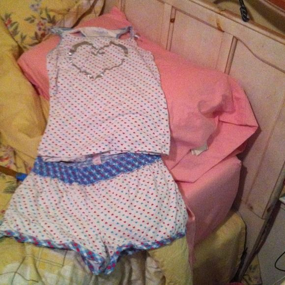Heart candies sleeping bundle A bundle of both shorts and a sleeping tank with a heart on it in silver and theres little pink and blue hearts all over as well. candies Other