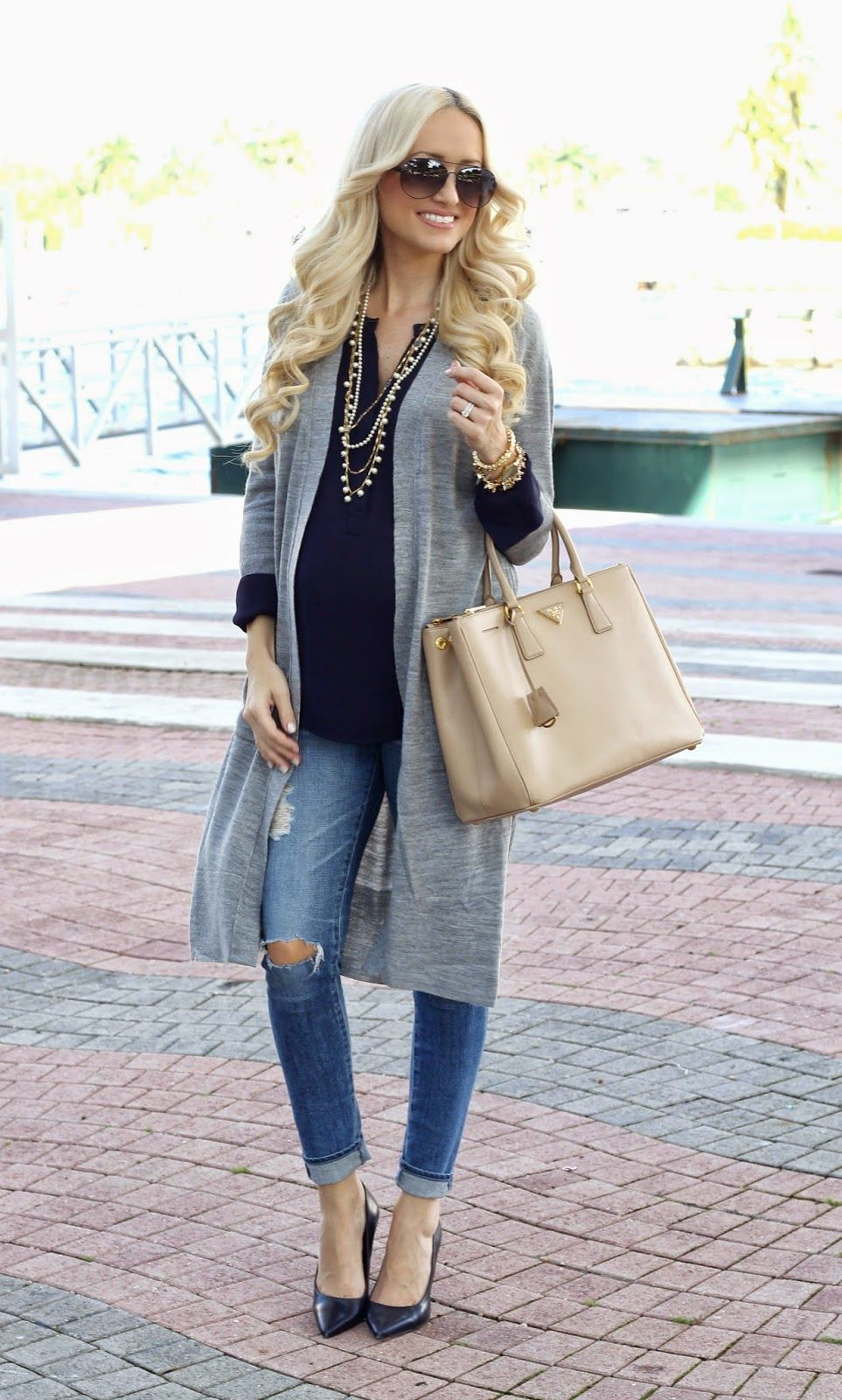 Get this maternity look for less than 70 shop rent consign 51 amazing maternity street style shots for fashion inspiration ombrellifo Choice Image