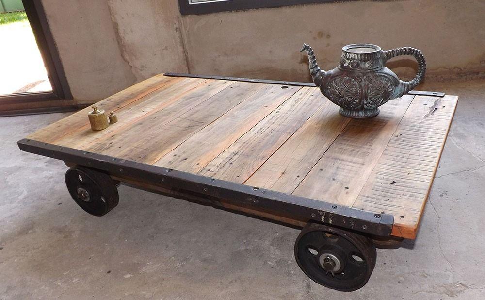 Mesa ratona industrial hierro madera con ruedas en mercadolibre table 39 s - Mesa madera industrial ...