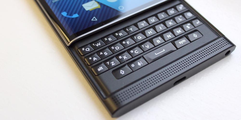 بلاك بيري توقف تطوير هواتفها الذكية بعد خسارتها 372 مليون دولار - البوابة العربية للأخبار التقنية