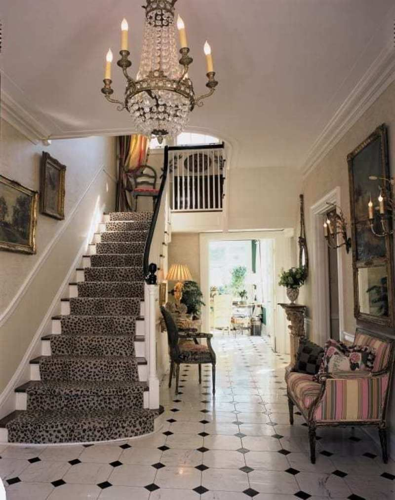 The Timeless Interiors Of Linda Knight Carr The Glam Pad Foyer Design Country Style Decor Porch And Foyer