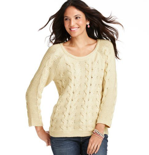 Chunky Twist Cable 3/4 Sleeve Sweater... So clean and winter chic!
