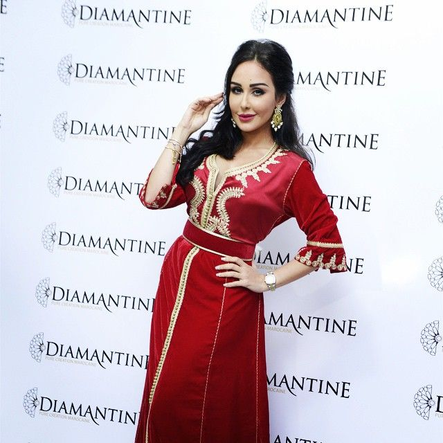 #awesome #WiamDahmani  #red #caftan #Diamantine #star #fashionshow @wiamdahmani