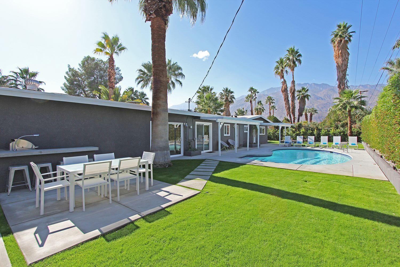 backyard palmsprings vacationrental doneright vacation home