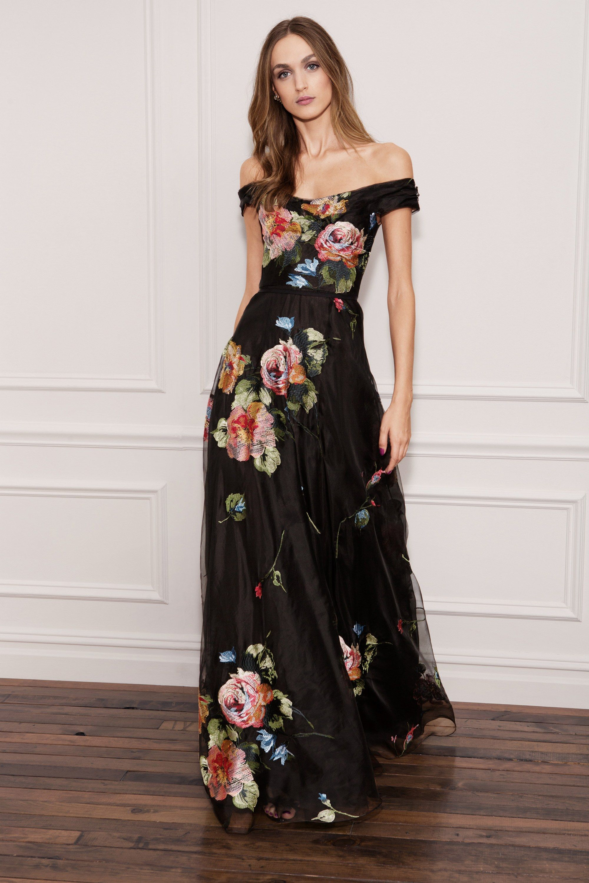 ba5e53f94b9b Marchesa Notte Spring 2018 Ready-to-Wear Fashion Show in 2019 ...