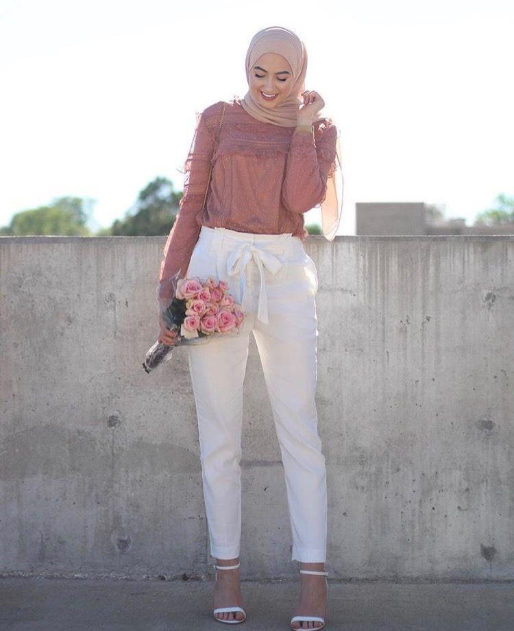 Model Straight Pants