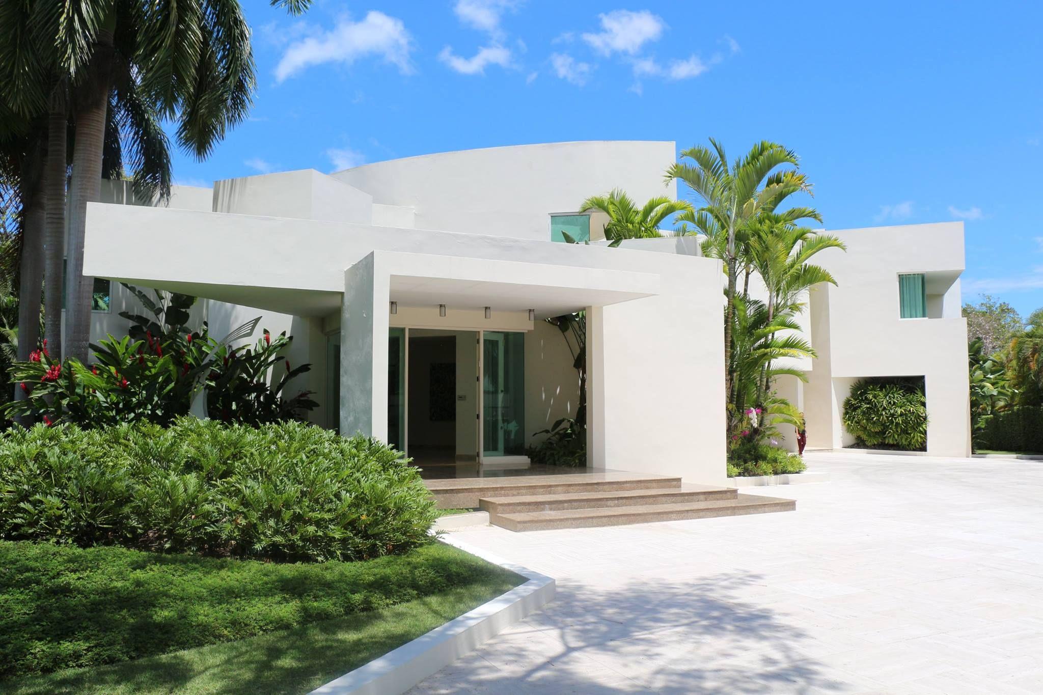 Extraordinary Mansion Luxury Real Estate In San Patricio Puerto Rico Puertorico Sanjuan Realestate Mansions La Mansions Real Estate