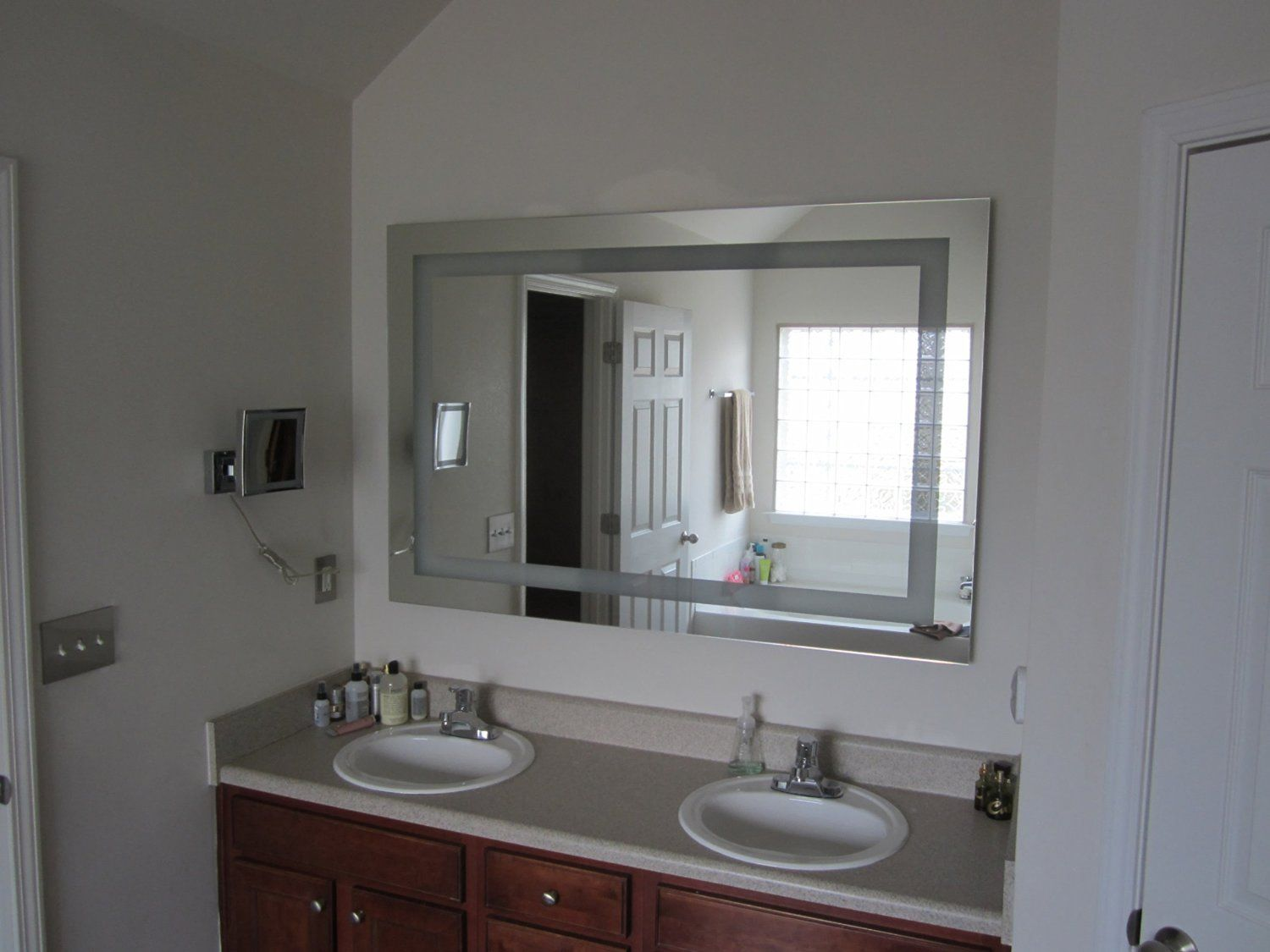 Lighted Vanity Mirror Led Mam86040 Commercial Grade 60 Wide X 40