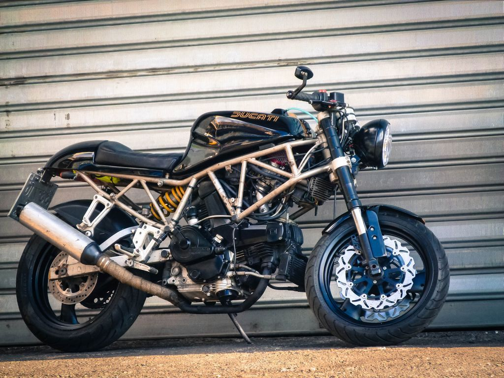 The Duc 1993 Ducati 750ss Cafe Racer
