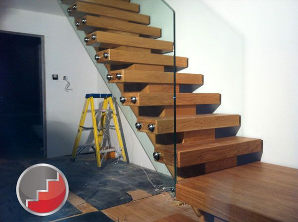 Nice New Oak Staircase Frameless Balustrading