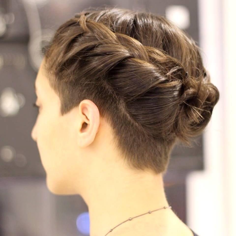 Tresse et undercut hair pinterest hair style hair goals and