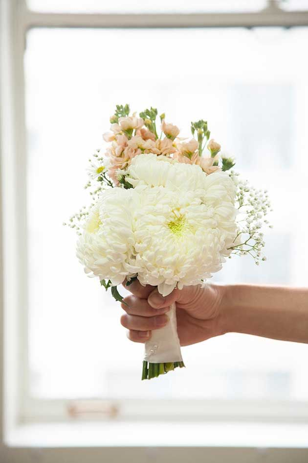 How To: Wedding Bouquet DIY | Simple wedding bouquets, Simple ...
