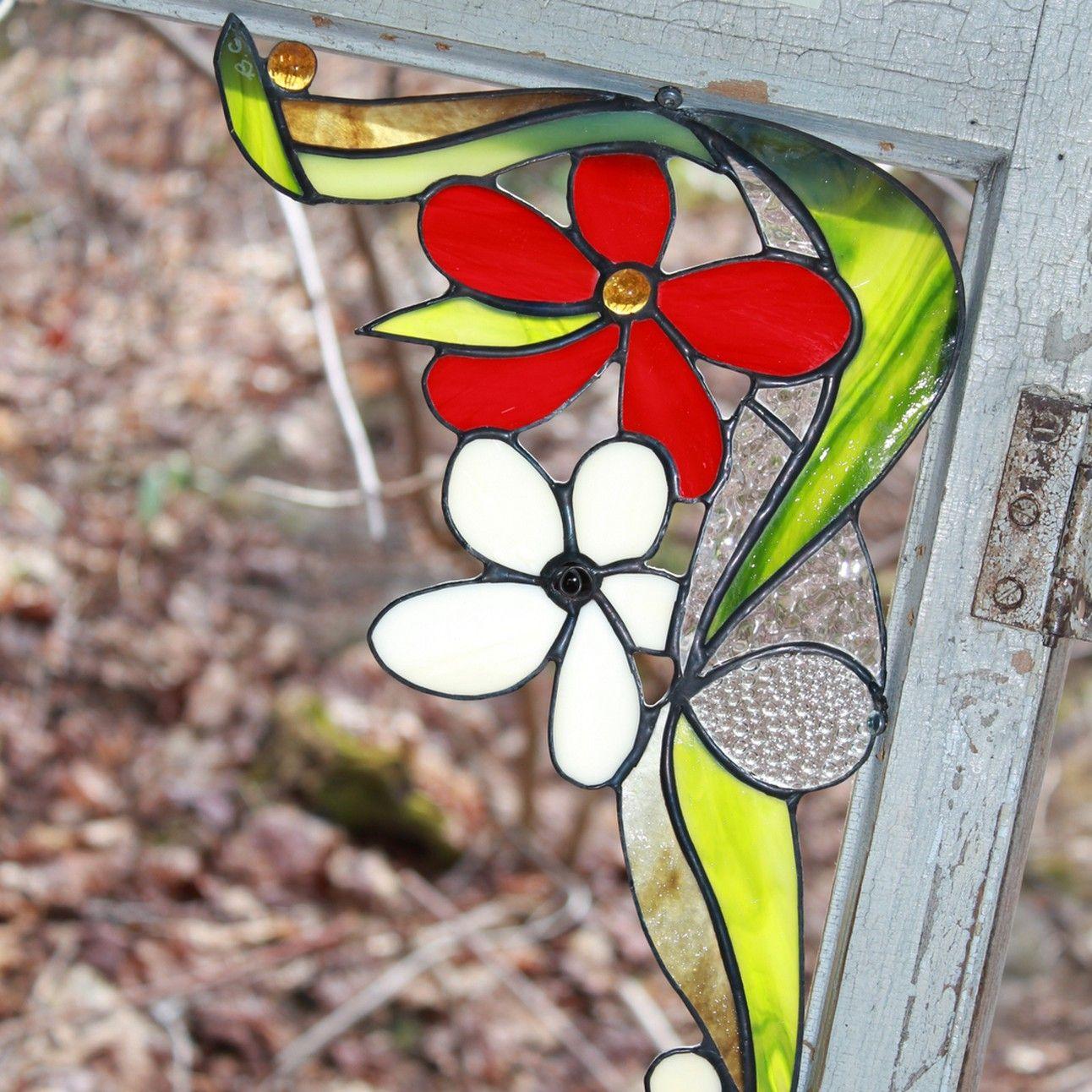 Vitrail Bulle Givree Mauricie Fait La Creation Originale Et Exclusive De Vitraux Laissez Vous Tenter Par Ce Bel Un Stained Glass Crafts Glass Art Stained Glass