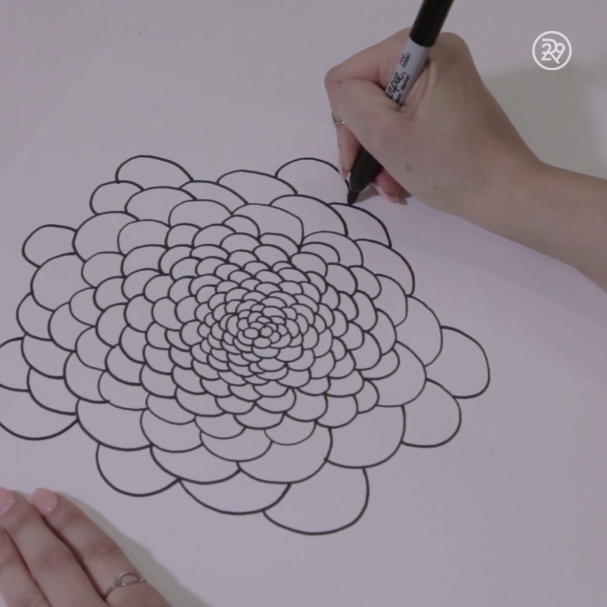 Become Mesmerized by These Abstract Circles Become