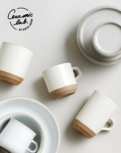Kinto Is A Tableware Company That Develops Original And Customized Products In Japan Balancing Usability And Aes Ceramic Tableware Ceramic Dinnerware Ceramics