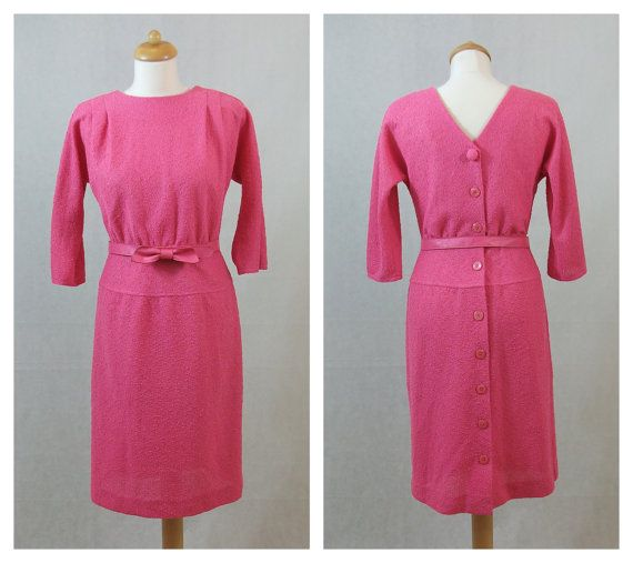 80s does 60s pink vintage dress. Back buttons dress. by ElHospicio