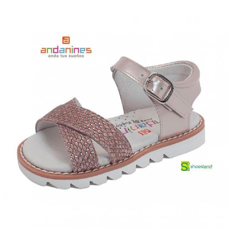 autobiografía Publicidad Nominación  Si buscas sandalias para tu niña a la moda pero con la calidad de uno de  los mejores fabricantes de calzado in… | Sandalias para niñas, Zapatos  españoles, Sandalias