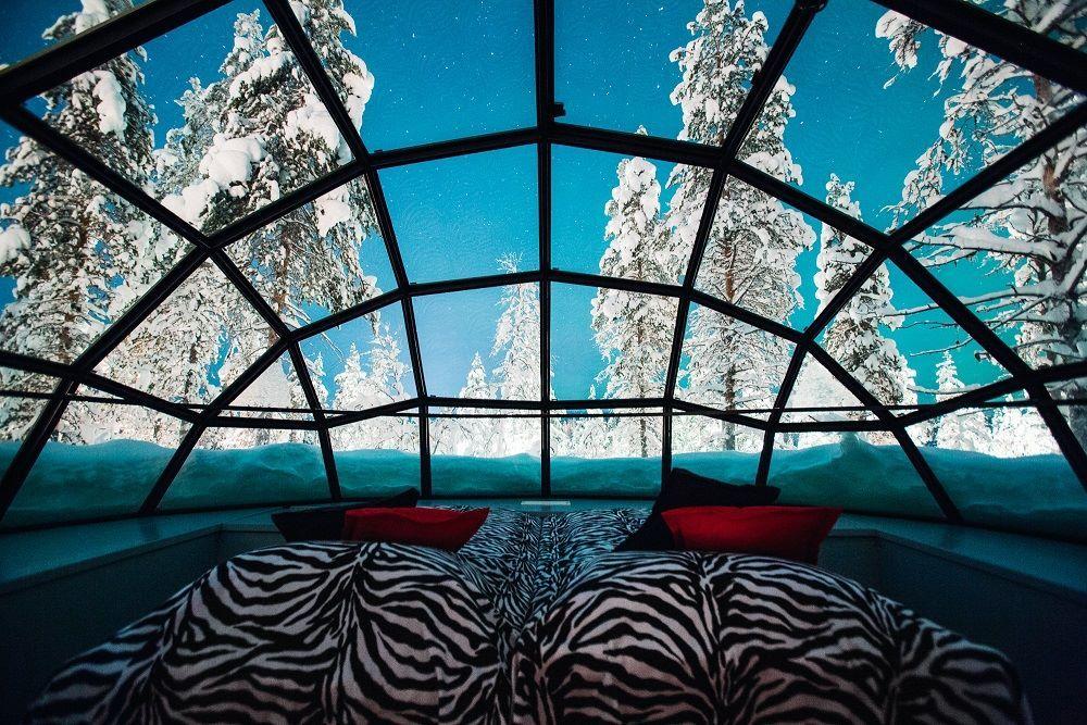 Vistas al cielo desde el interior del iglú.