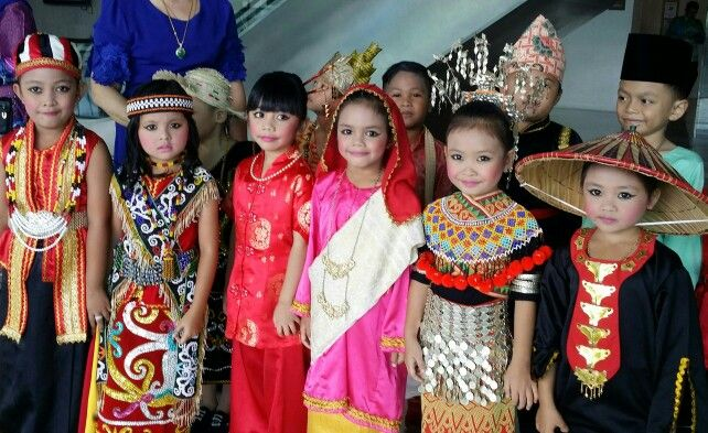 140874d12 Children in various cultural costumes representing the different races in  Sarawak Malaysia