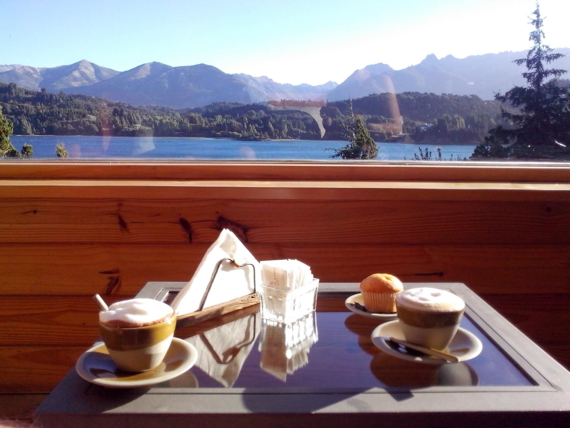 Peninsula Petit Hotel San Carlos De Bariloche Argentina Hotel  # Petit Muebles Haedo