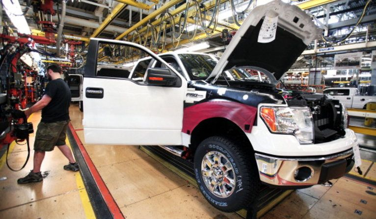 On The Ford Assembly Line New Workers Make Less Ford News Ford