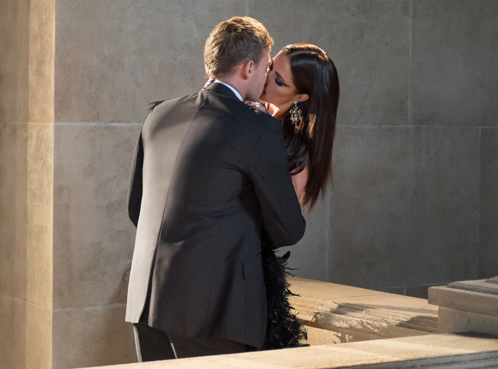 Date Night from The Royals Episode 5: Unmask Her Beauty to the Moon | E! Online