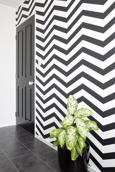 The Final Reveal A Bold Black And White Chevron Wallpaper From Aspiring Walls Teamed With A Glossy Dulux Pi Chevron Wallpaper Wallpaper Accent Wall Wallpaper