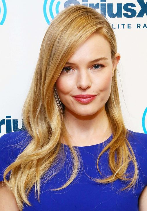 If Your Eyes Are Uneven Take Note Of Kate Bosworth S Hair Trick Here Beauty Tips For Hair Hairstyles For Round Faces Hair Beauty