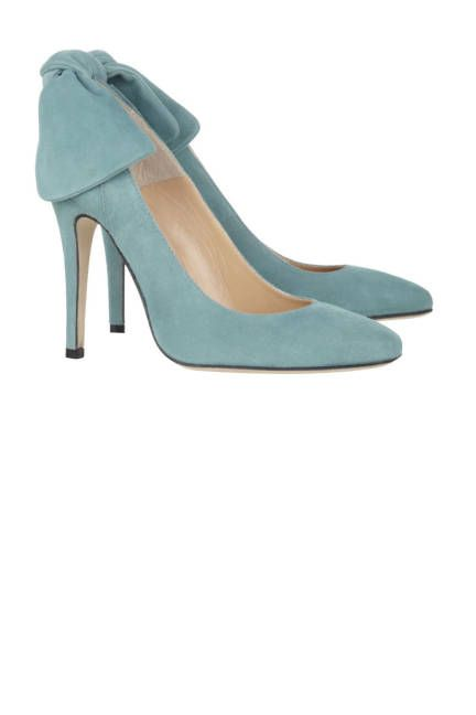 don't step on these blue suede shoes (Carven)