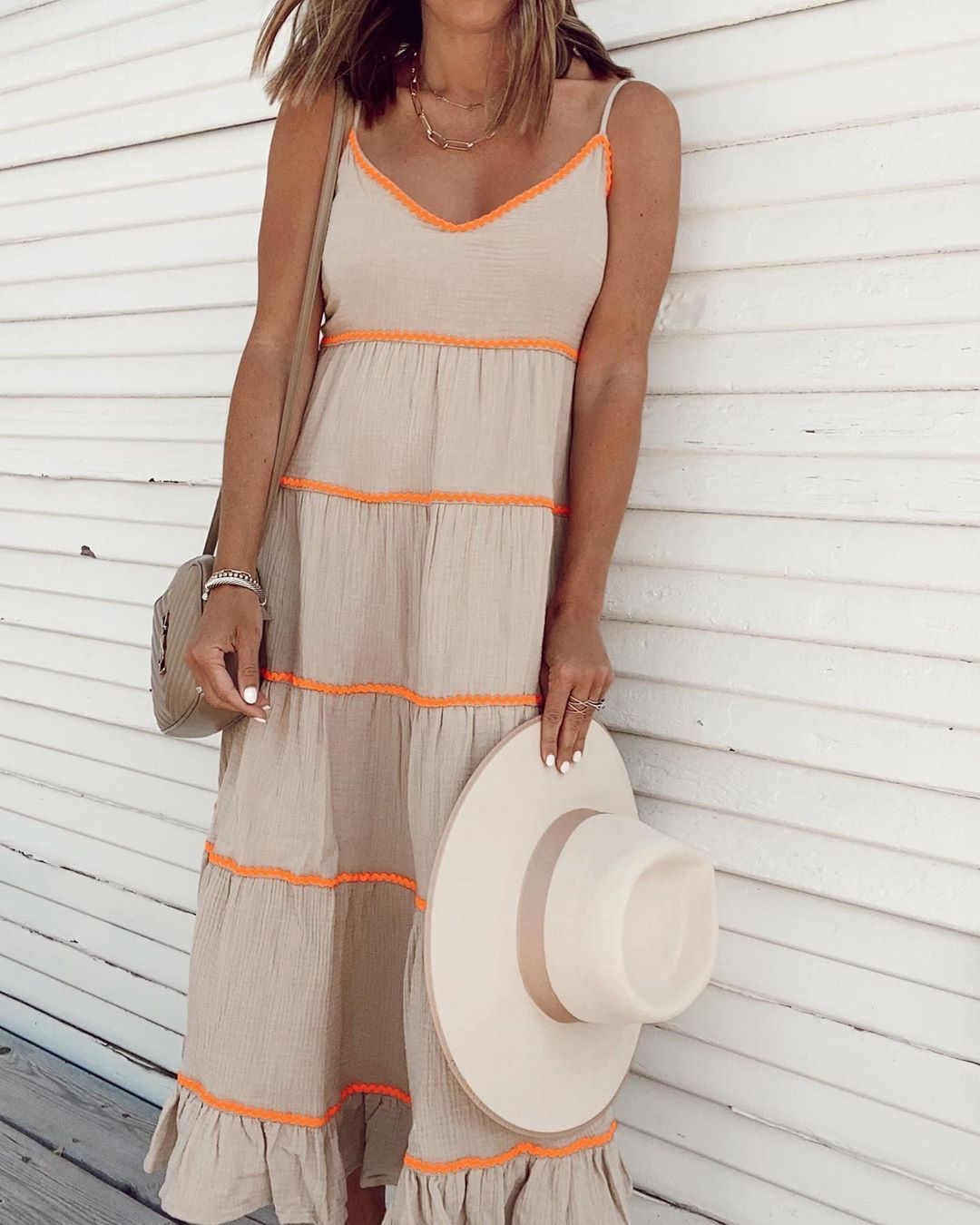 Affordable Summer Maxi Dress From Walmart Summer Maxi Long Summer Dresses Maxi Dresses [ 1350 x 1080 Pixel ]