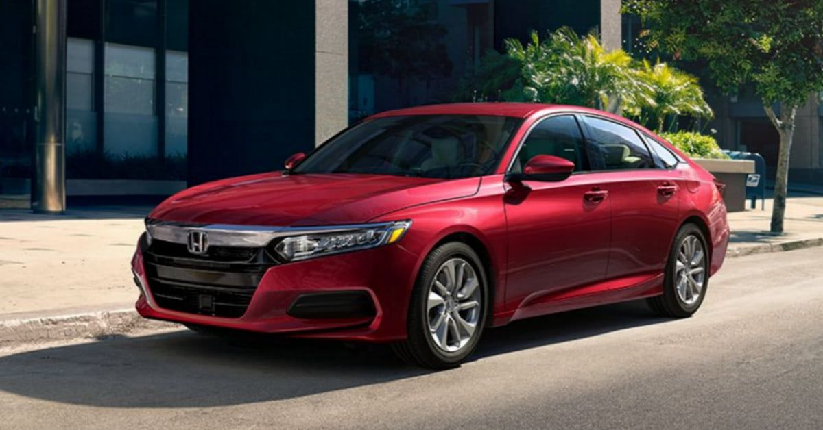Within Two Months Of Showing Up On Dealers Lots The 2018 Accord Is Racking Up Awards Honda Accord Coupe Accord Coupe Honda Accord