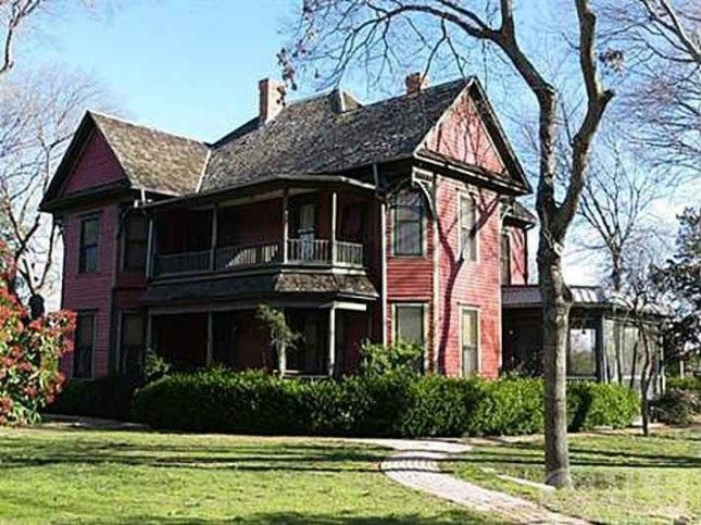 Admirable 1895 Queen Anne Waxahachie Tx 295 000 Old Houses Download Free Architecture Designs Meptaeticmadebymaigaardcom