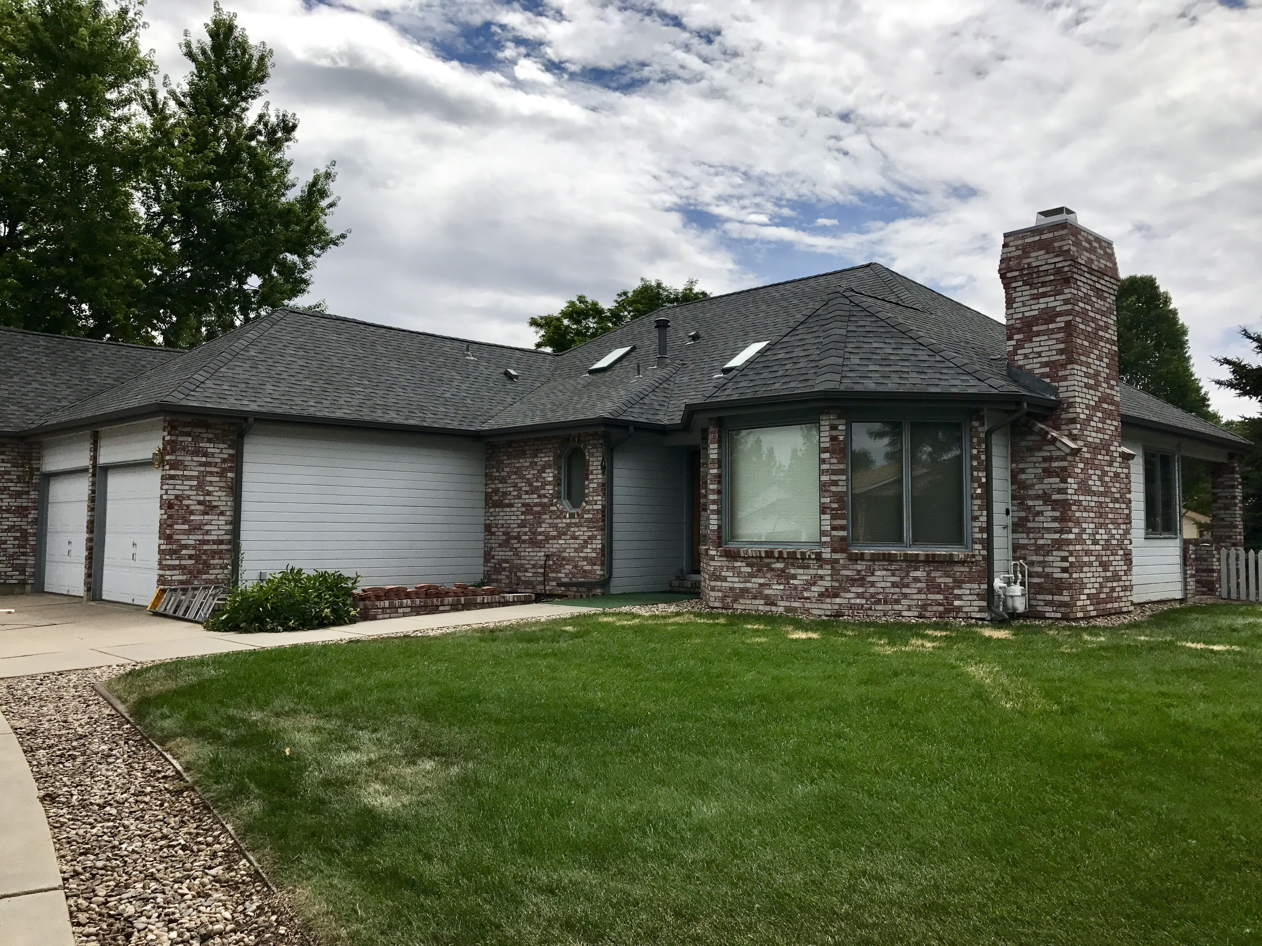 Best We Just Installed Pewter Gray Shingles On This House In 640 x 480
